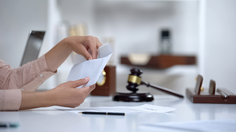 How Can I Get Maintenance in a Louisville Divorce? Family Law